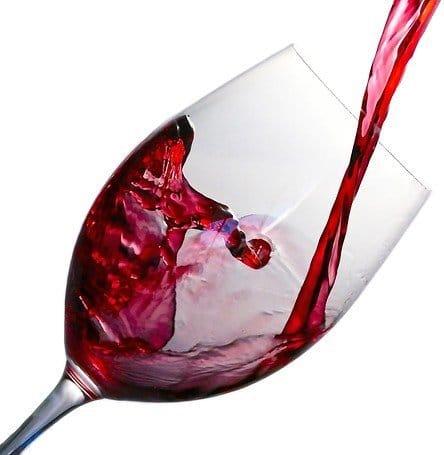 Für jeden Weinliebhaber und Interessenten der eigenen Weinherstellung interessant - der Wein keltern Videokurs von Sergio von Jacchin